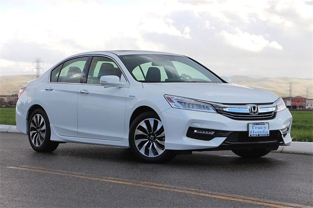 2017 Honda Accord Hybrid Touring Automatic